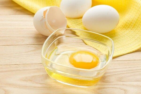 Маски с яйцом для волос и очищения лица в домашних условиях.