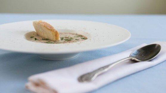 Куриный суп-пюре с грибами.