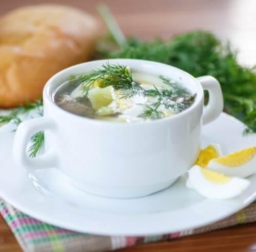 Щавелевый суп с курицей.