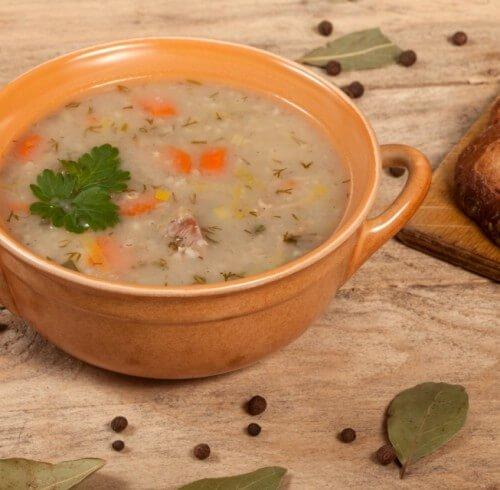 Суп с курицей и гречкой.