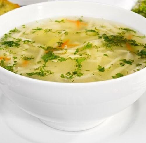 Суп вермишелевый с курицей.