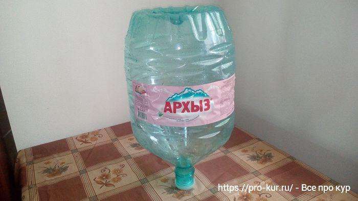 Инкубатор из пластиковой бутыли для кулера своими руками за 10 минут.